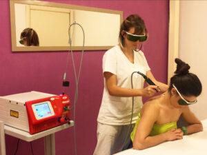 Fisio Point - Fisioterapia a Roma, Riabilitazione, Poliambulatorio, Medical Fitness, Hilterapia, laser HILT, laser yag, laser alta potenza, mal di schiena, torcicollo, cervicalgia, cervicale